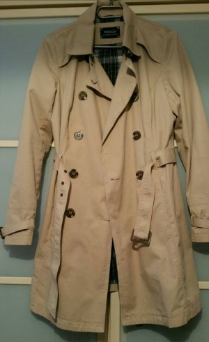 Schöner Mantel neuwertig