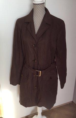 Schöner Mantel von Jones
