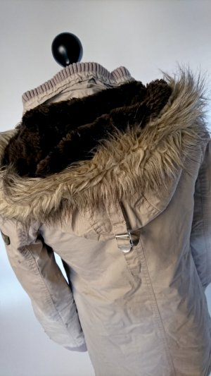 Schöner Mantel von khujo