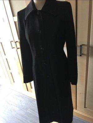 More & More Abrigo negro