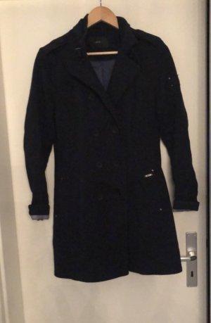 Schöner Mantel von Zero