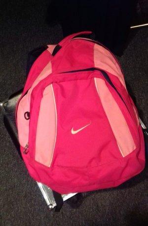 Schöner pinker Rucksack