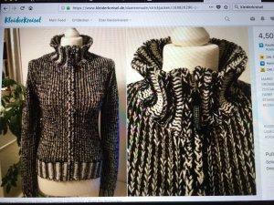 Schöner Pullover Gr S