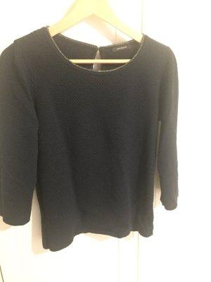 Schöner Pullover mit Lurex Kragen