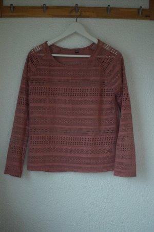 Schöner Pullover mit Muster