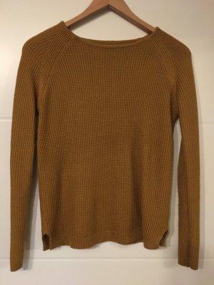 Schöner Pullover senfgelb