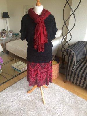 Schöner Pullover VERO MODA Gr. M  & Rock von MEXX & passendes Tuch