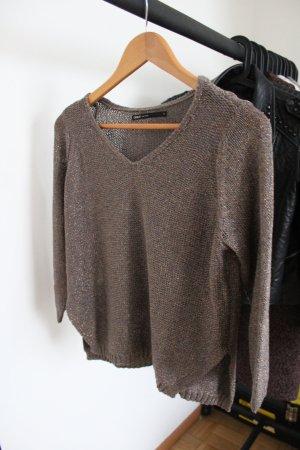 Schöner Pullover von Only mit V-Ausschnitt