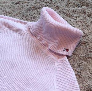 Schöner Pullover von Tommy Hilfiger in rosa