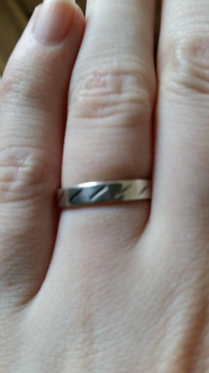 schöner Ring aus 925 Silber