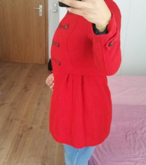 Schöner roter Mantel Größe  40