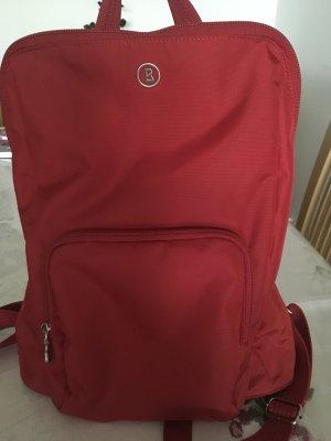 Schöner roter Rucksack von Bogner
