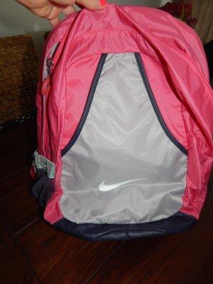 schöner Rucksack von Nike