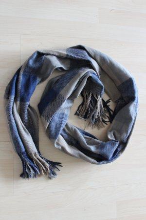 Schöner Schal in Blau-/Grautönen