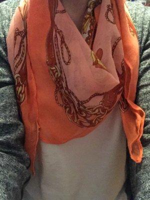 Schöner Schal mit Mustern in Orange-braun