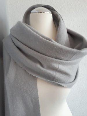 Schöner Schal von HM
