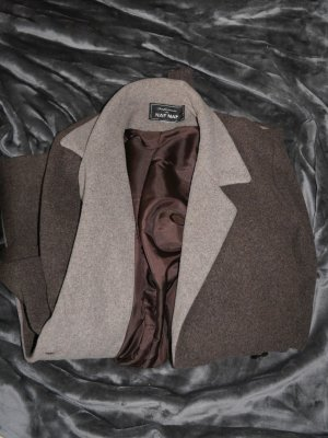 Schöner schlichter Mantel