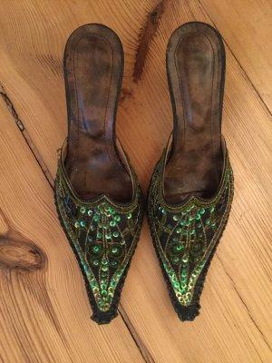 Sandalo con tacco verde scuro-verde