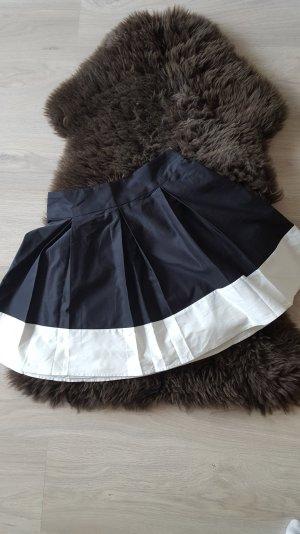 schöner schwarz/weiß Minirock