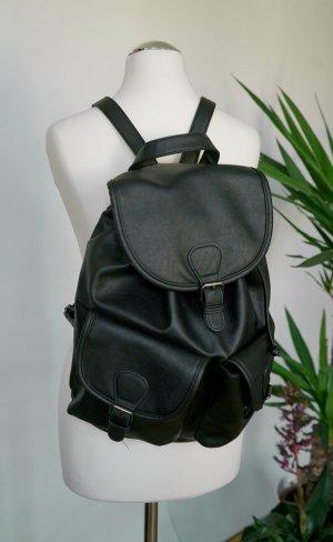 Schöner, schwarzer Leder-Rucksack von Even&Odd