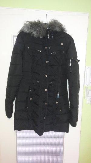 Schöner schwarzer Mantel von myMo