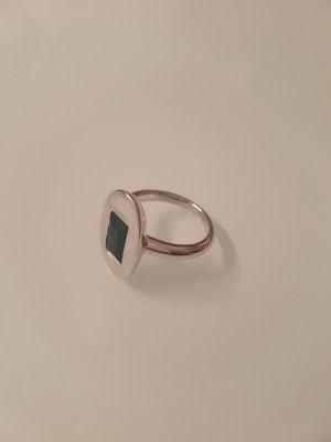 Schöner Silber Ring mit Grünem Stein