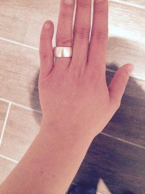 schöner silberner Ring Gr:S