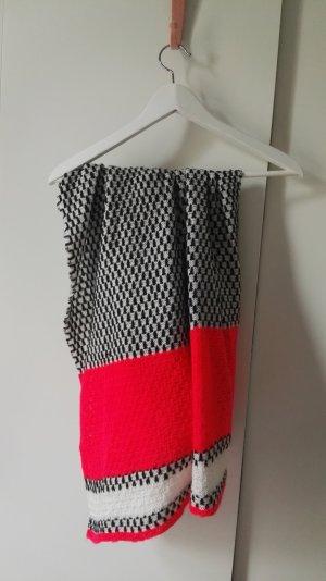 schöner strickschal von H&M