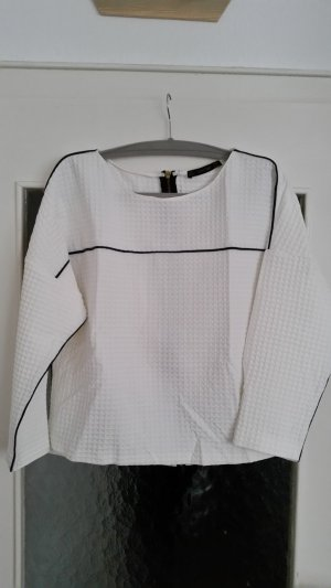 Zara Pull blanc-noir