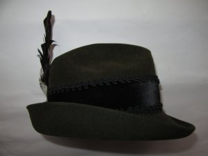 Traditional Hat dark green