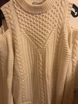 Schöner warmer Pullover