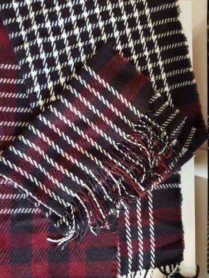 Schöner weicher dicker Schal (sehr angenehm zu tragen)
