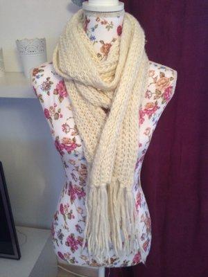 Schöner weißer Schal