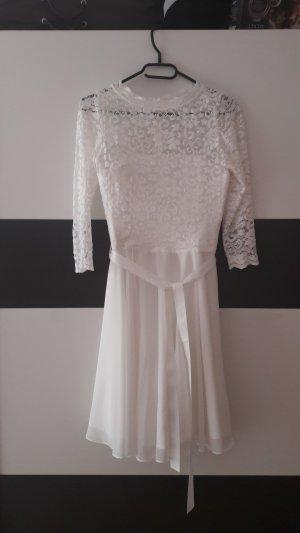 Schönes Abendkleid/Brautkleid