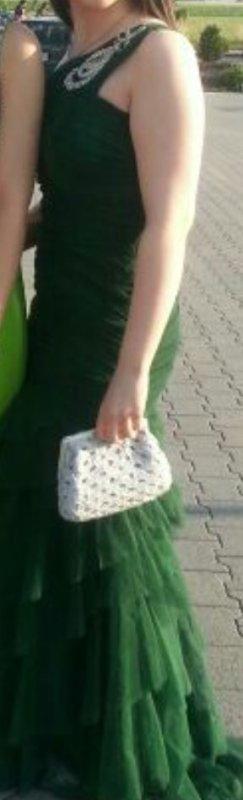 schönes Abendkleid in Grün