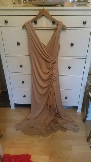 Schönes Abendkleid von Ariella London