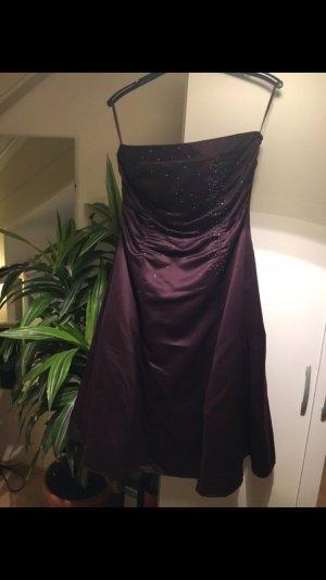 Schönes Abendkleid von Mariposa