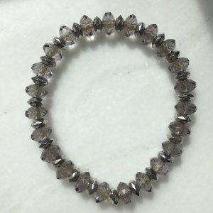 Schönes Armband in grau/silber