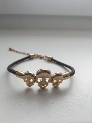Schönes Armband mit Totenköpfen