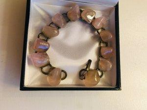 Schönes Armband rosenquarz mit goldener Fassung