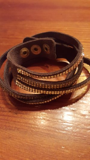 schönes Armband von Aigner