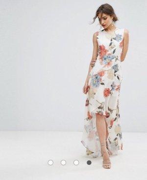 Schönes Asymmetrisches Kleid