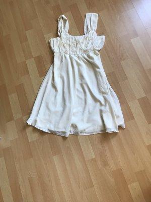 Schönes Beiges Kleid auch für schickere Anlässe