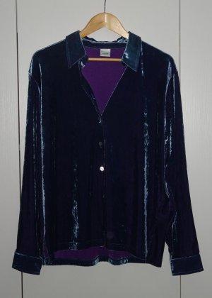 Schönes blau violett schillerndes Hemd