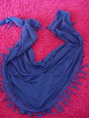 Schönes blaues Halstuch