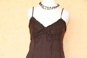 schönes braunes Sommerkleid