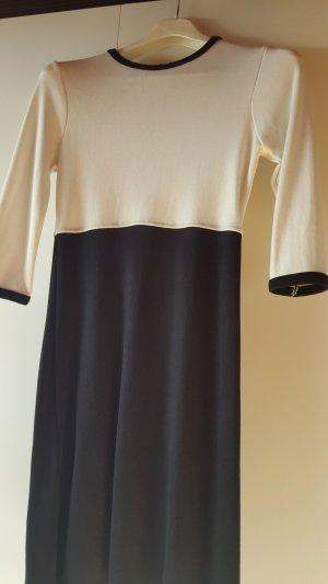 schönes Businesskleid von Zara
