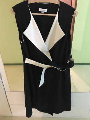 Schönes Calvin Klein Kleid