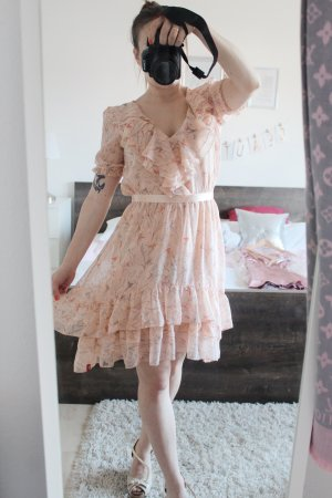 Schönes Esprit Kleid