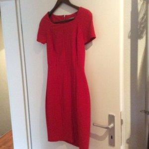 Schönes Etui Kleid von Orsay  1mal getragen